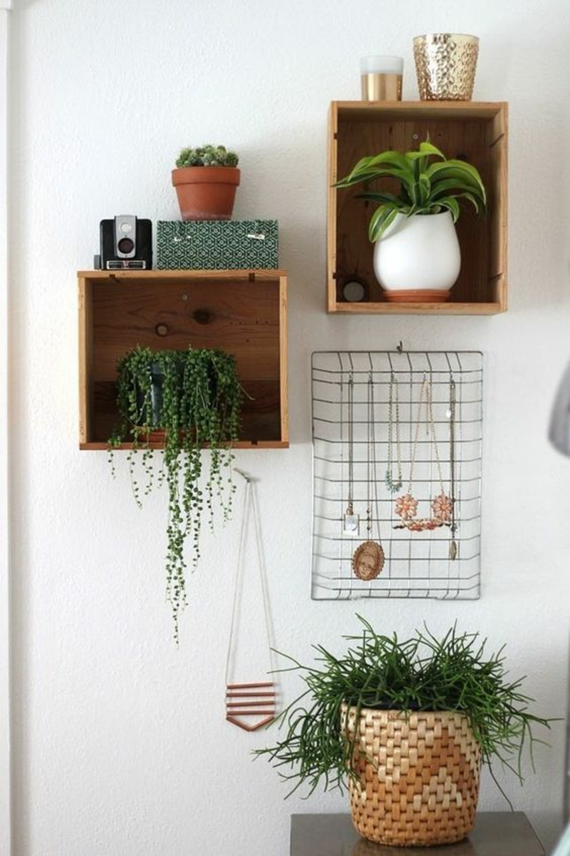 Build your own wall shelf Instructions DIY shelves for potted plants