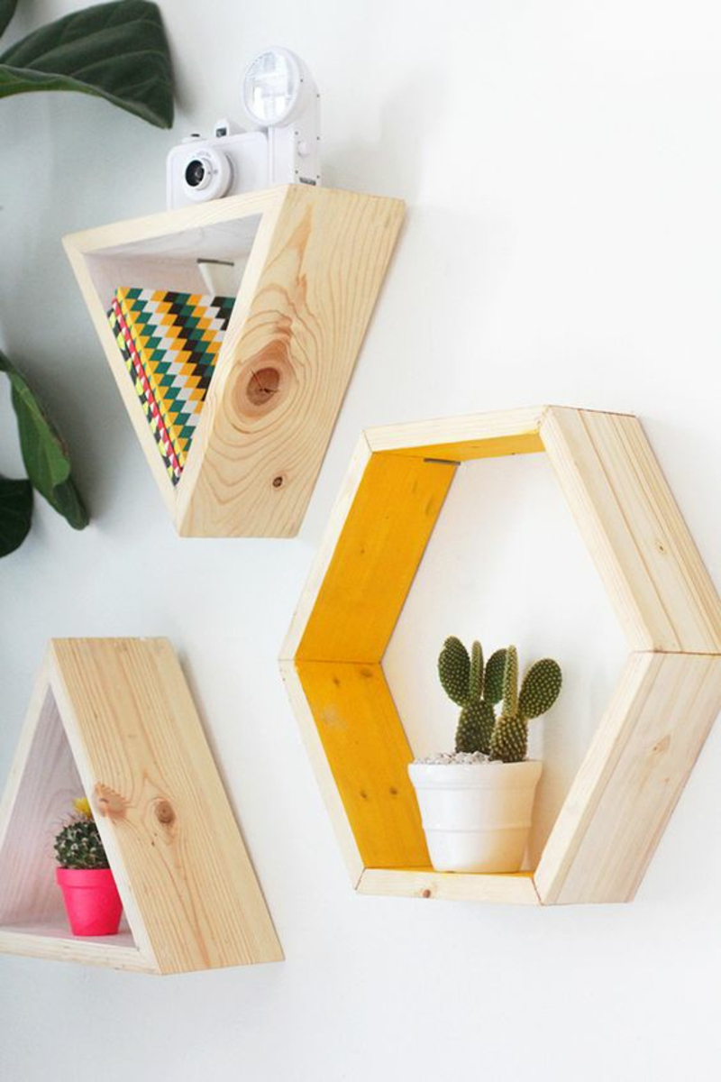 Build wall shelf yourself Instructions DIY build geometric shelves yourself