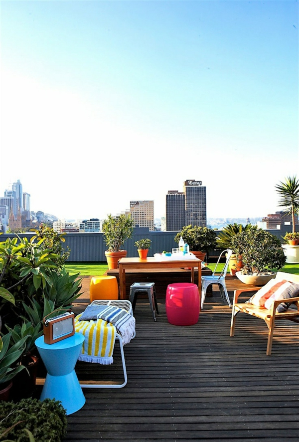 roof terrace design decking garden furniture colorful lawn carpet