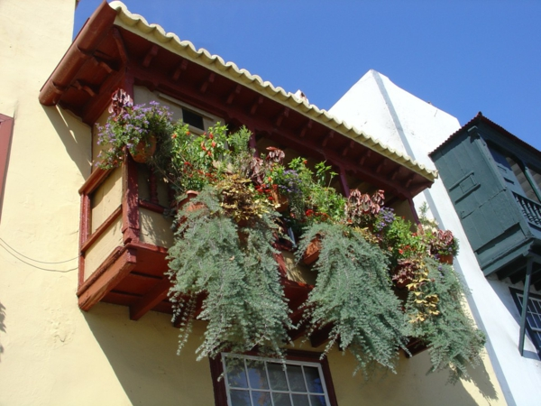 Cool Practical Balcony Ideas